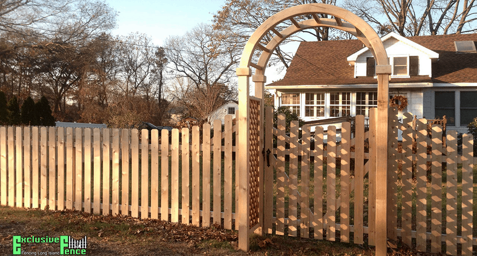 Vinyl fence installations for Long Island housing